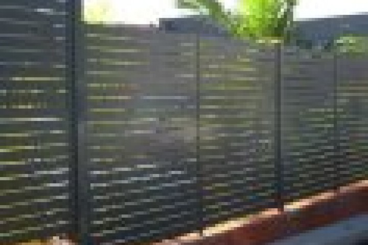 Farm Gates Slat fencing 720 480